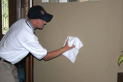 Limpiar paredes pintadas con pintura lavable disnapin - Pintura lavable para paredes ...
